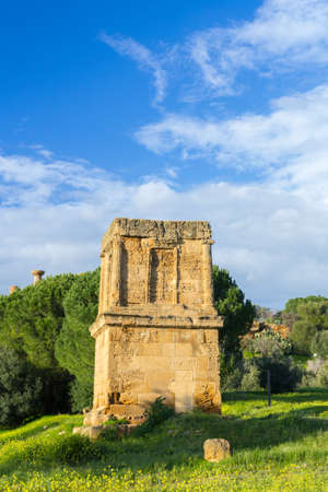 Tomb of Theron Theron. Valley of Temples Agrigento Imagens