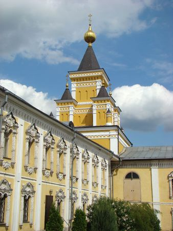 monastic: Monastic cells and Temple of All grieving pleasure. Enters into an architectural ensemble of Nikolo of the Ugreshsky monastery.                                Stock Photo
