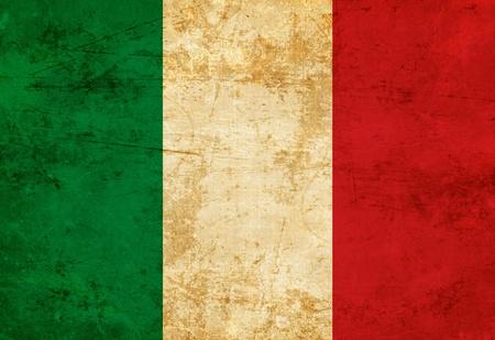 italien flagge: Italienische Flagge mit einem Oldtimer und alte Look