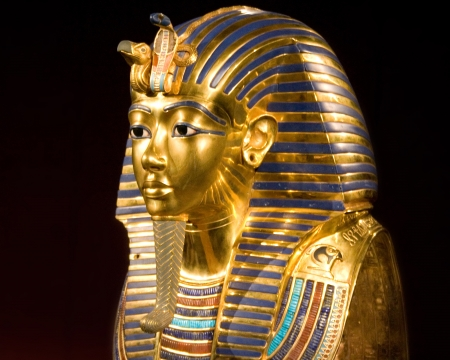 replica of the mask of tut ankh amon