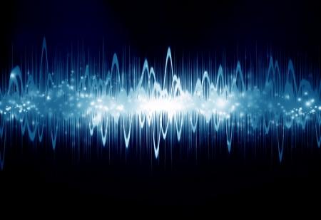 sonido: onda de sonido brillante sobre fondo azul oscuro Foto de archivo