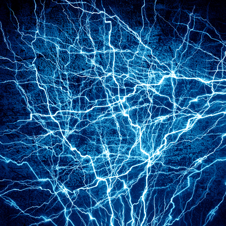 Chispa eléctrica brillante sobre un fondo azul oscuro Foto de archivo - 26392296
