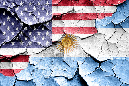 bandera argentina: Grunge bandera de Argentina combin� con la bandera americana