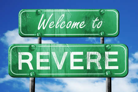 revere: Welcome to revere green road sign