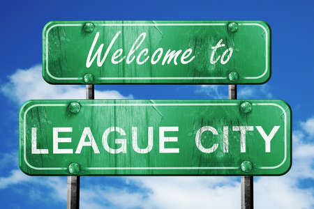 league: Welcome to league city green road sign
