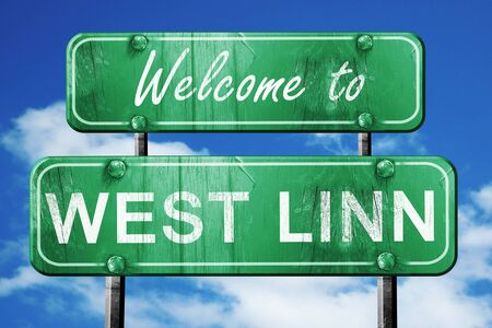 linn: Welcome to west linn green road sign Stock Photo
