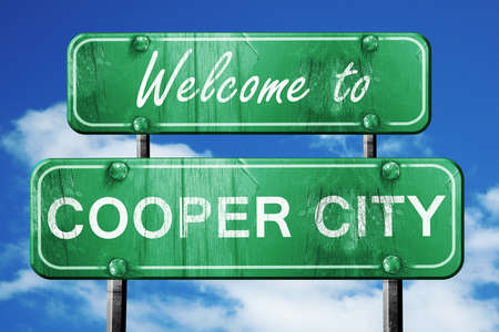 cooper: Welcome to cooper city green road sign