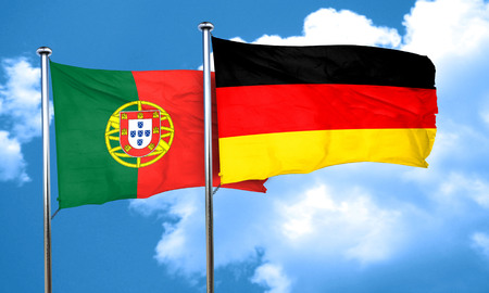 drapeau portugal: Drapeau du Portugal avec l'Allemagne drapeau, rendu 3D