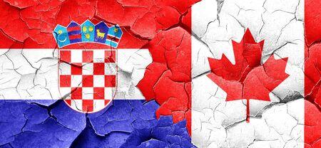 bandera de croacia: Bandera de Croacia con la bandera de Canadá en una pared agrietada grunge Foto de archivo