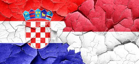 bandera croacia: Bandera de Croacia con la bandera de Indonesia en una pared agrietada grunge