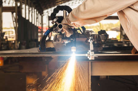 plasma cutting process of metal material with spark