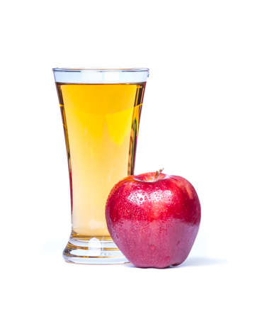 Glass of apple juice with red apples isolated on white Imagens