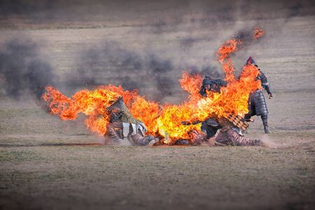 Fire stuntman. Submission to the reconstruction.