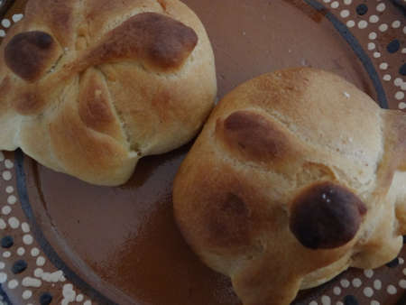 and tradition: Pan de muerto, bread of the death, mexican tradition