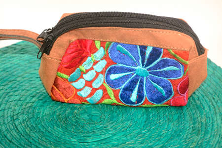 チアパス州で手作りの伝統的なメキシコの織物ハンドバッグ 写真素材