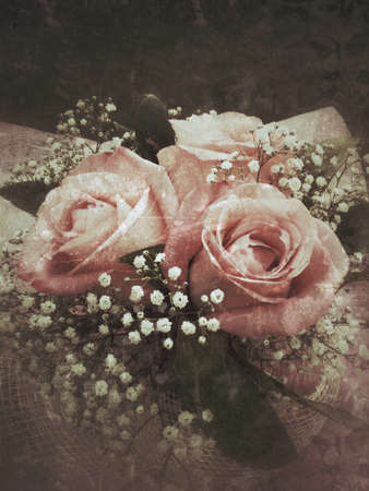 Vintage background with bouquet of roses and baby's breath, grunge filter Reklamní fotografie - 51436007