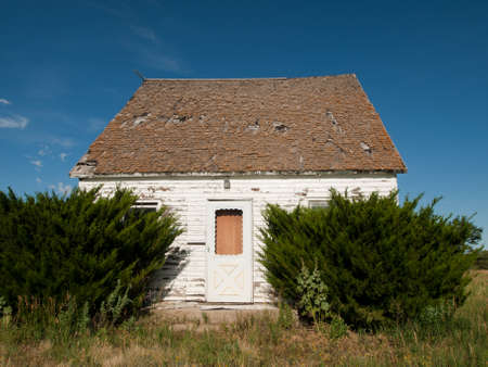 farm house: Abandoned farm house in Arriba, Colorado. Stock Photo