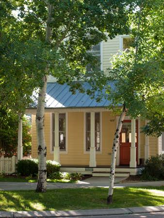 Maison dans le développement du nouvel urbanisme de projet Prospect à Longmont, Colorado. Banque d'images - 10582000