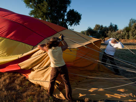 Ballons à air chaud dans un champ pendant un festival à Loveland, dans le Colorado. Banque d'images - 10604382