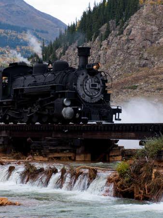 증기 기관차의 엔진. 이 기차는 듀 랭고 실버 콜로라도의 협궤 철도에 매일 작업에 에디토리얼