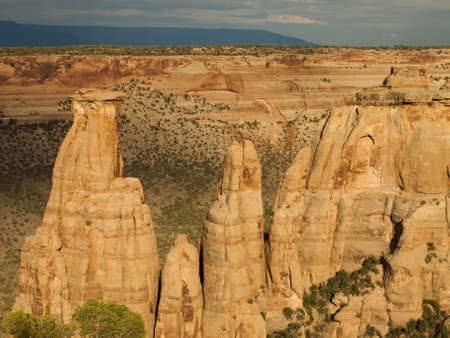 Colorado National Monument is a part of the National Park Service near the city of Grand Junction, Colorado. Imagens