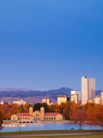 Sunrise over downtown Denver in late Autumn. Stock Photo - 15864662