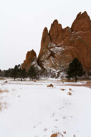 Fresh snow at the Gardens of the Gods in COlorado Springs, Colorado. Stock Photo - 16803148