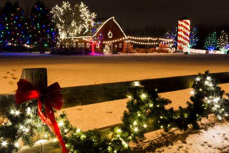 denver botanical gardens: Historic farm decorated with Christmas lights.