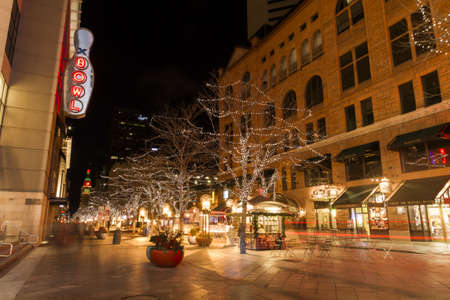 16th street mall: 16th Street Mall in Denver during the Christmas season. Editorial