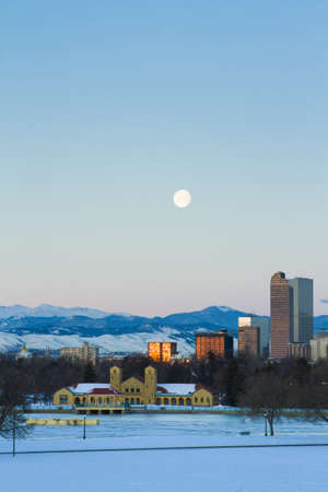 A view of downtown Denver before sunrise. Stock Photo - 18154841