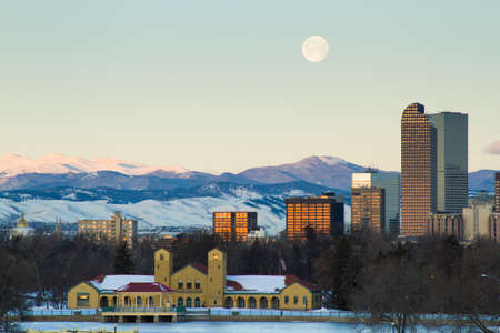 A view of downtown Denver before sunrise. Stock Photo - 18154840