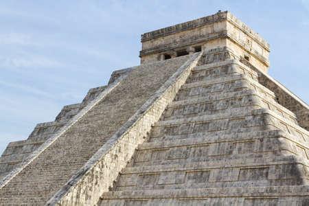 마야 피라미드 치첸이 트사, 유카탄 반도, 멕시코. 스톡 콘텐츠