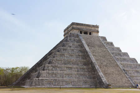 Mayan Pyramid Chichen Itza, Yucatan Peninsula, Mexico. 스톡 콘텐츠
