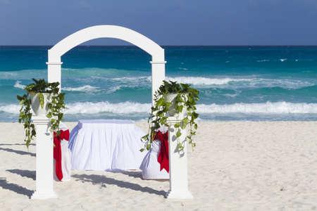 boda en la playa: Boda de playa en el resort de vacaciones en M�xico.