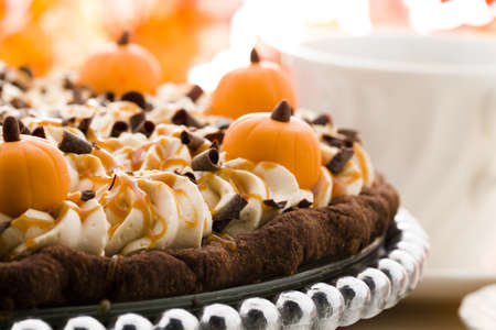 energizing: Chocolate salted caramel pumpkin cream pie for Thanksgiving.