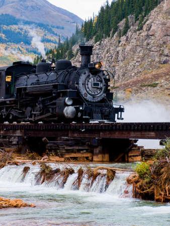Dampflok-Motor. Dieser Zug ist im t?glichen Betrieb auf der Schmalspurbahn zwischen Durango und Silverton Colorado Editorial