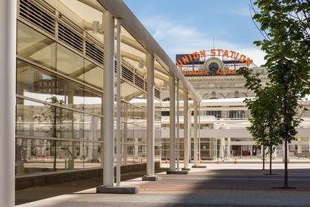 Progress of redevelopment of Union Station in Denver. Imagens