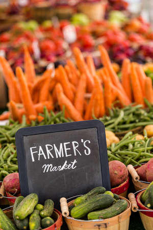starchy food: Fresh organic produce on sale at the local farmers market.