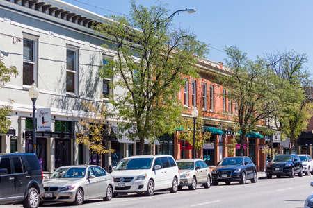 main street: Strada principale del centro storico di Littleton, Colorado.