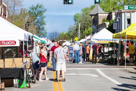 vegetus: Parker, Colorado, USA-May 31, 2015. Summer farmers market on Main Street in Parker, Colorado. Editorial
