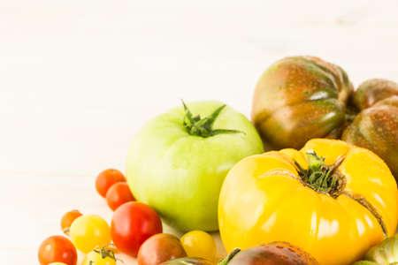 都市農場からオーガニック ・ エアルーム トマト。 写真素材
