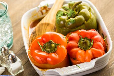 낮은 칼로리 치포 틀레 쇠고기 & 콩은 칠레 고추를 박제. 스톡 콘텐츠