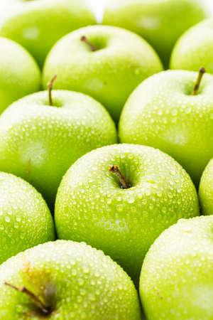 Close up of organic Granny Smith apples. Archivio Fotografico