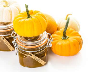 Homemade pumpkin butter made with organic pumpkins. Imagens