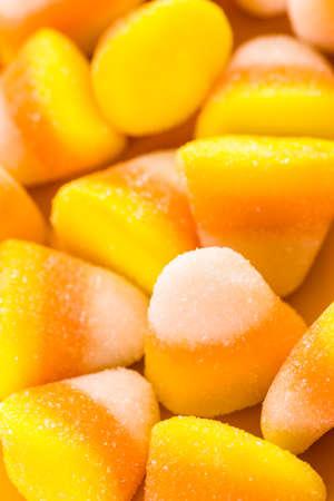 treats: Candy ma�z preparado como dulces de Halloween.