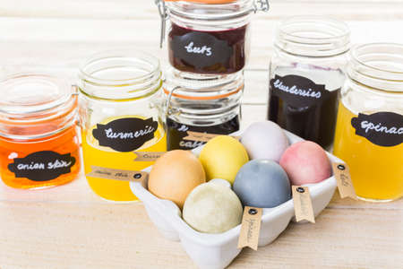 Easter eggs painted with natural egg dye from fruits and vegetables. Banco de Imagens