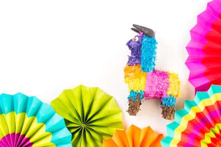 传统彩色桌子装饰