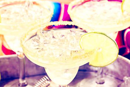 margarita cocktail: margaritas cal clásicos en las rocas.