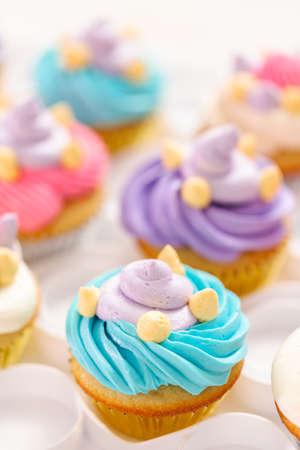Unicorn Theme Vanilla Cupcakes For Kids Birthday Party Lizenzfreie