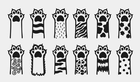 Cat paw pet animal cute.Kitten cartoon flat icon.Hand drawn doodle style. 矢量图像